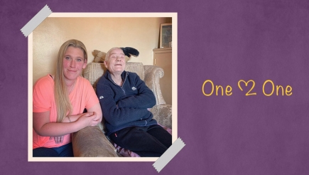 Support Worker Sarah with Server User Elaine at Bryson Care One2One